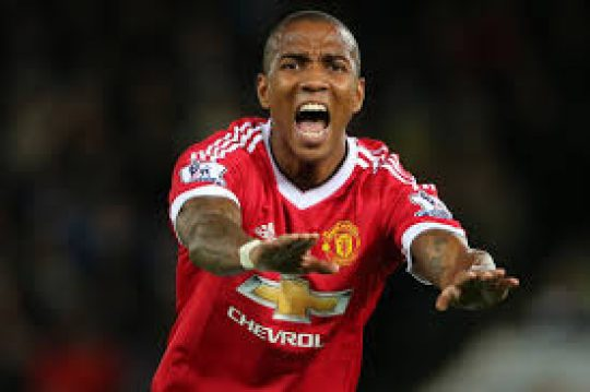Permalink to Ashley Young Ingin MU Segera Bangkit
